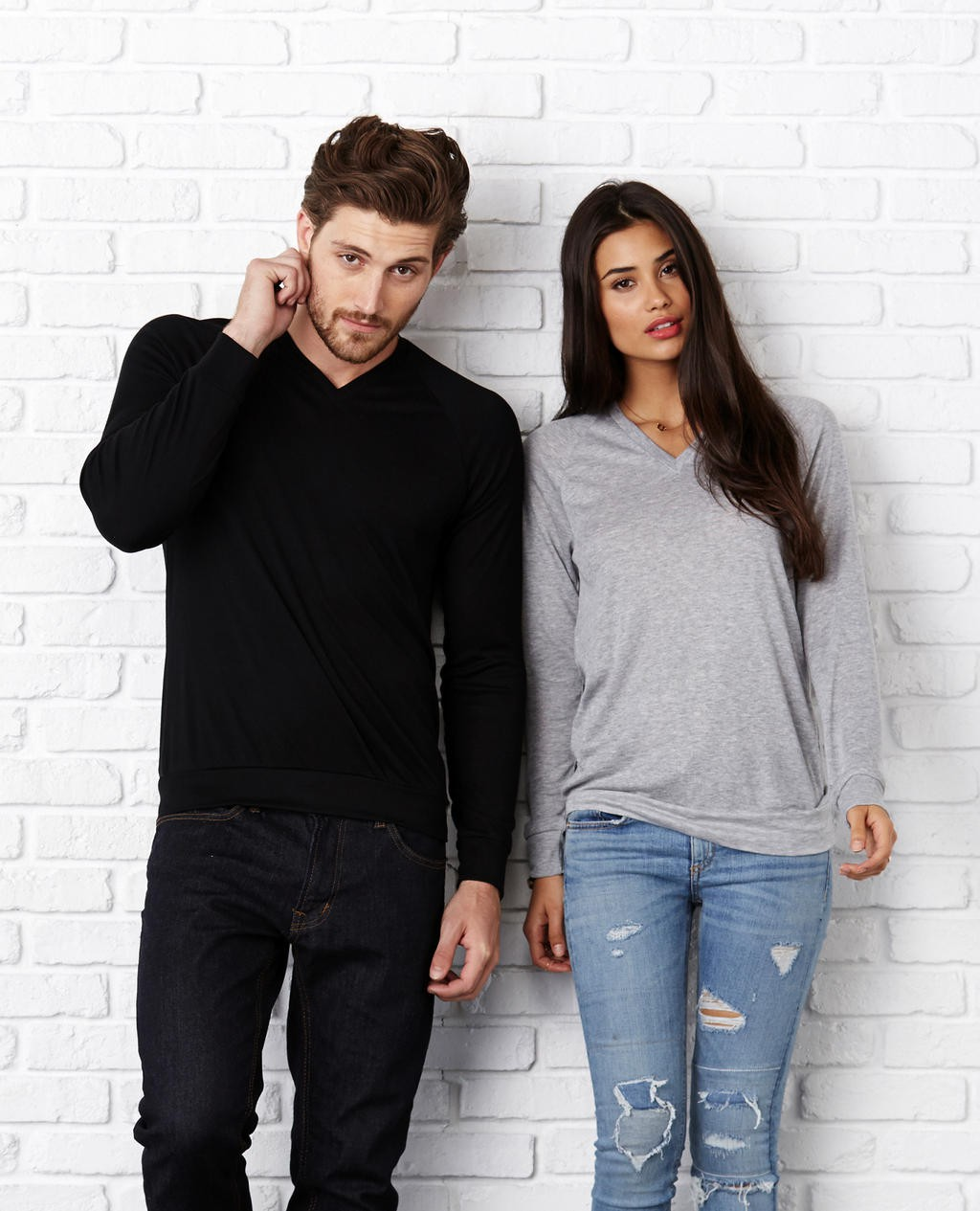 Bella+Canvas: Unisex V-Neck Lightweight Sweater 3985